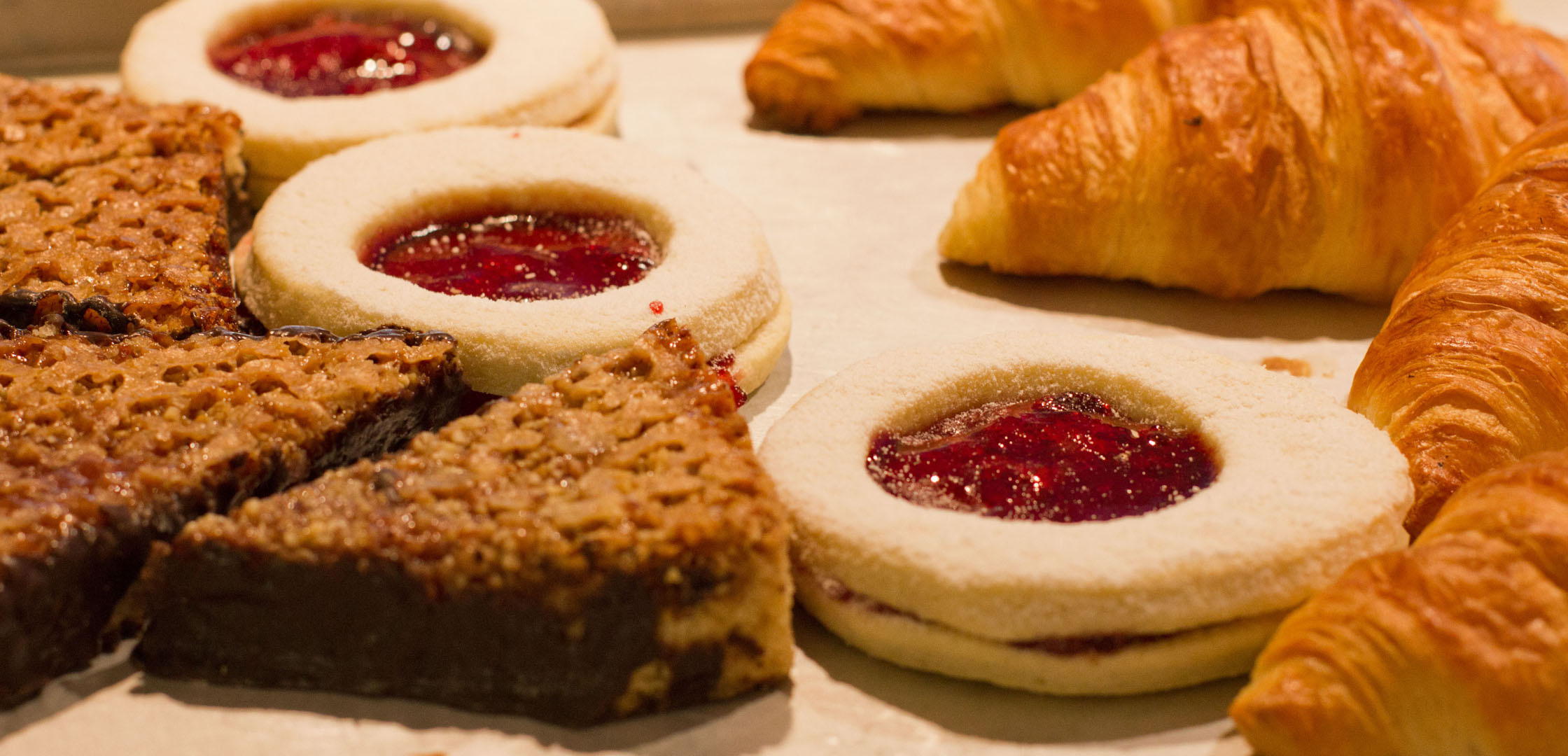 Nussecken, Plätzerl und Croissants
